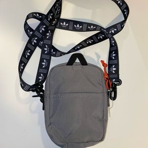 Adidas Side Pouch
